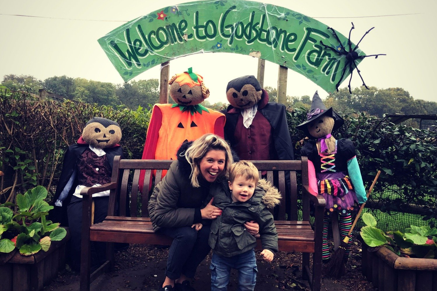 SPOOKY FUN AND LOW BANGS @ GODSTONE FARM