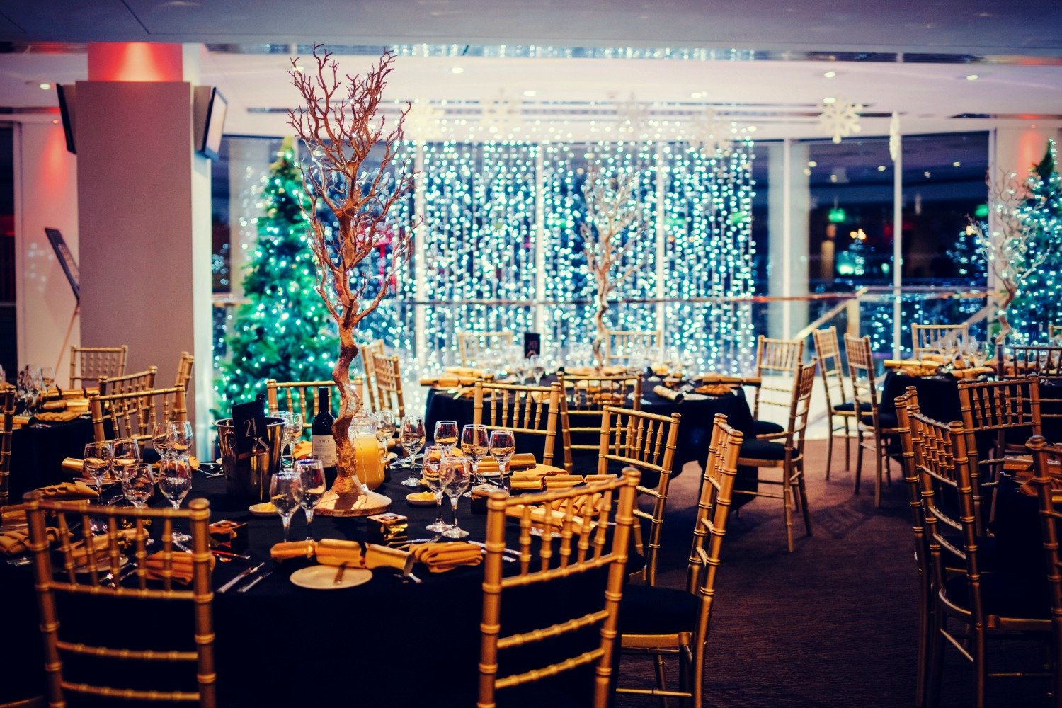 CHRISTMAS & NEW YEAR @ EPSOM DOWNS RACECOURSE