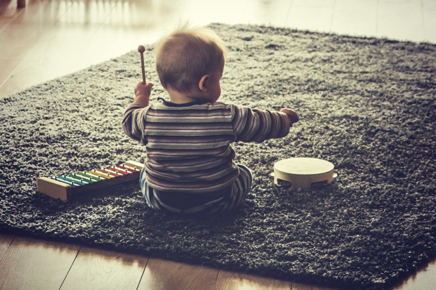 4 WAYS TO MAKE MUSIC WITH YOUR BABY