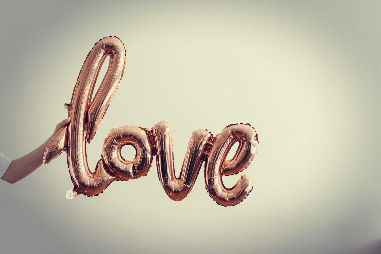 LOCKDOWN LOVE – 15 WAYS TO CELEBRATE VALENTINE'S DAY THIS YEAR..
